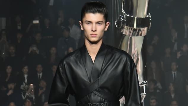 Prinz Nikolai zu Dänemark auf dem Runway für Dior in Tokyo 2018