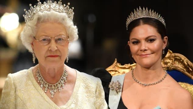 Kronprinzessin Victoria und Königin Elisabeth II.