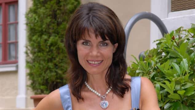 """Nicola Tiggeler sorgt als """"Barbara von Heidenberg"""" bei """"Sturm der Liebe"""" für einige dramatische Momente"""