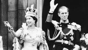 Königin Elisabeth II. und Prinz Philip nach der Krönung