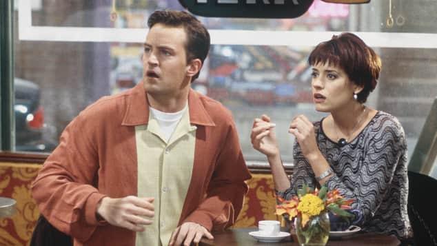 """""""Friends"""": """"Chandler Bing"""" und """"Kathy"""""""