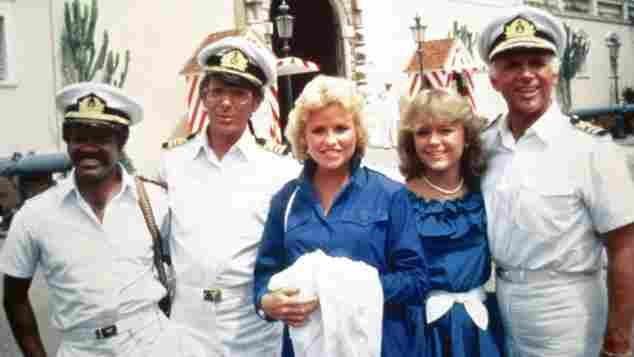 """Love Boat""-Cast Ted Lange, Bernie Kopell, Lauren Tewes, Jill Whelan, Gavin MacLeod"