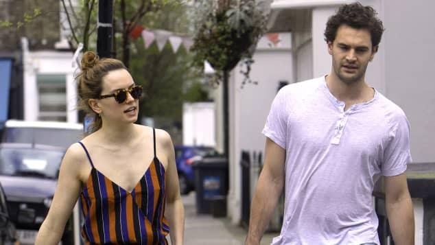 """""""Star Wars""""-Star Daisy Ridley und Tom Bateman sollen sich verlobt haben"""