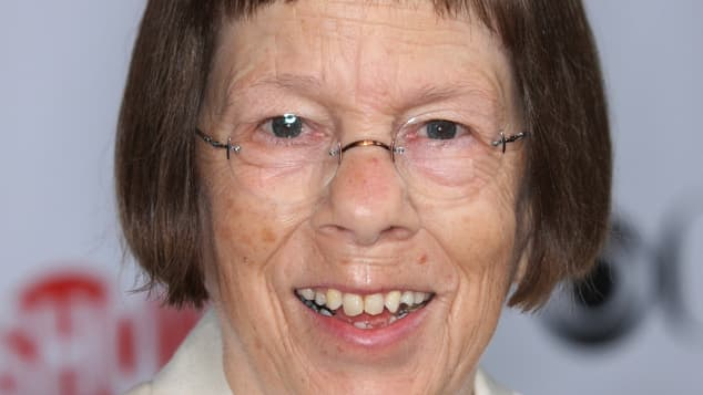 Linda Hunt