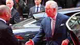 Prinz Charles Händedruck