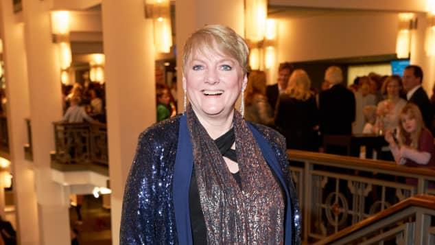 """Alison Arngrim bei der Friedrichstadt-Palast Berlin Premiere """"Young Show – Labyrinth der Bücher"""" in Berlin."""
