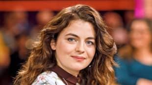 """Ronja Forcher spricht über das Ende der 14. Staffel """"Bergdoktor"""""""