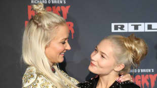Janine Kunze und ihre Tochter Lilli