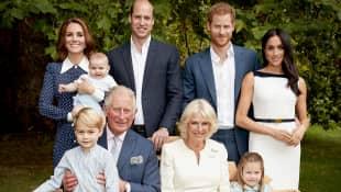 Anlässlich Prinz Charles' 70. Geburtstag gibt es ein neues Familienfoto der Royals