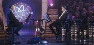 """""""Wer wird Millionär?"""": Günther Jauch mit Kandidat am 20. Februar 2001"""