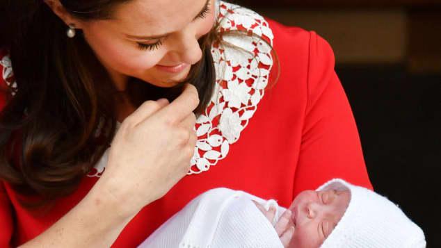 Herzogin Kate ist ganz verzaubert von ihrem süßen Jungen