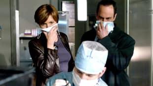 "Mariska Hargitay und Christopher Meloni in ""Law & Order: SVU"""