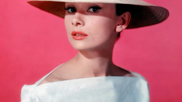 Audrey Hepburn Oberteil wie Meghans Hochzeitskleid