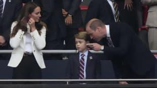 Prinz George. Herzogin Kate, Prinz William