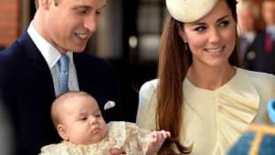 Prinz William, Herzogin Kate und Prinz George bei dessen Taufe