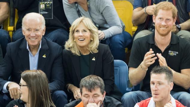 Joe Biden. Jill Biden und Prinz Harry