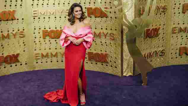 mandy moore emmys 2019