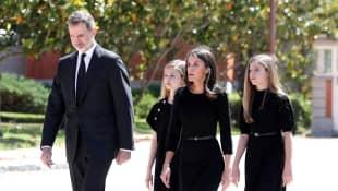 Königspaar Felipe und Letizia mit Prinzessin Leonor und Prinzessin Sofia