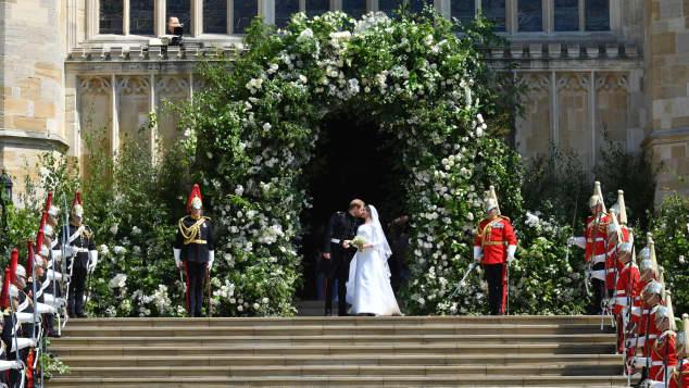 Prinz Harry und Meghan Markle, Prinz Harry und Meghan Markle Hochzeitskuss, Prinz Harry und Meghan Markle Hochzeit, Prinz Harry und Meghan Markle Kuss