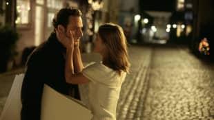 """Andrew Lincoln und Keira Knightley in """"Tatsächlich...Liebe"""""""