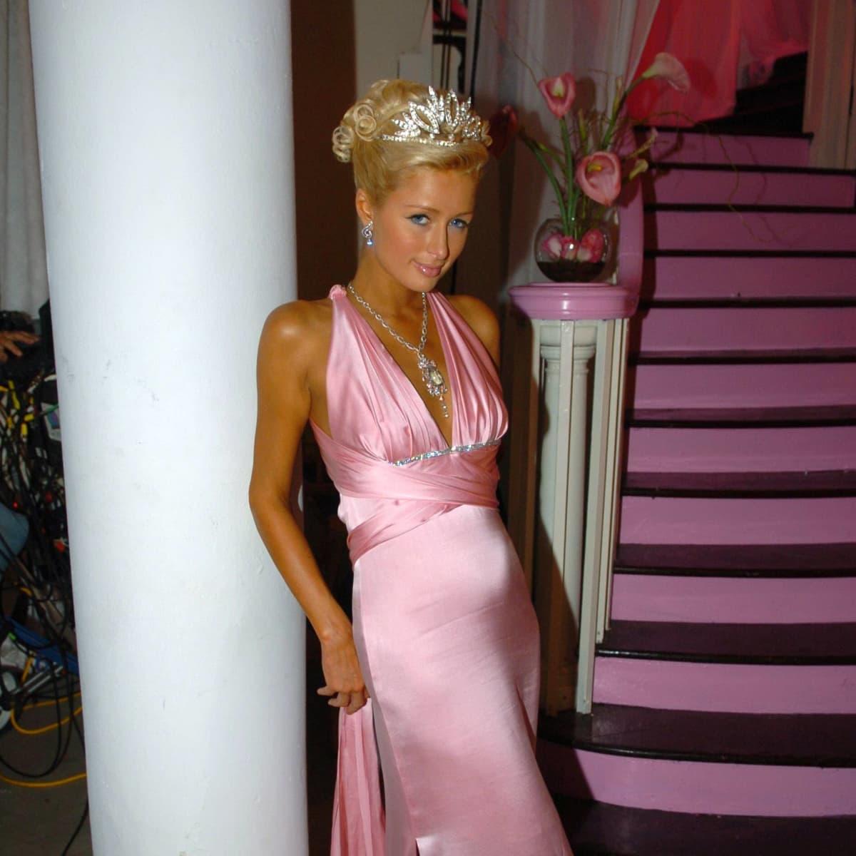 So Krass Hat Sich Paris Hilton über Die Jahre Verändert