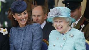 Herzogin Kate und Königin Elizabeth II.