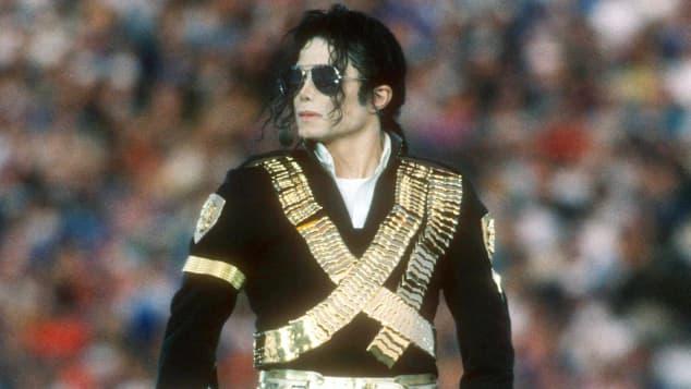 Michael Jackson bei der Halbzeitshow des Super Bowl 1993