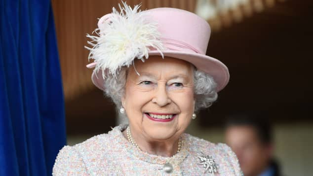 Königin Elisabeth II. lässt sich gegen Covid-19 impfen