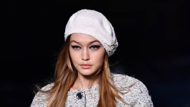 Model Gigi Hadid auf dem Laufsteg