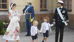 Bei der Taufe von Prinz Julian: Prinz Gabriel und Prinz Alexander im Partnerlook
