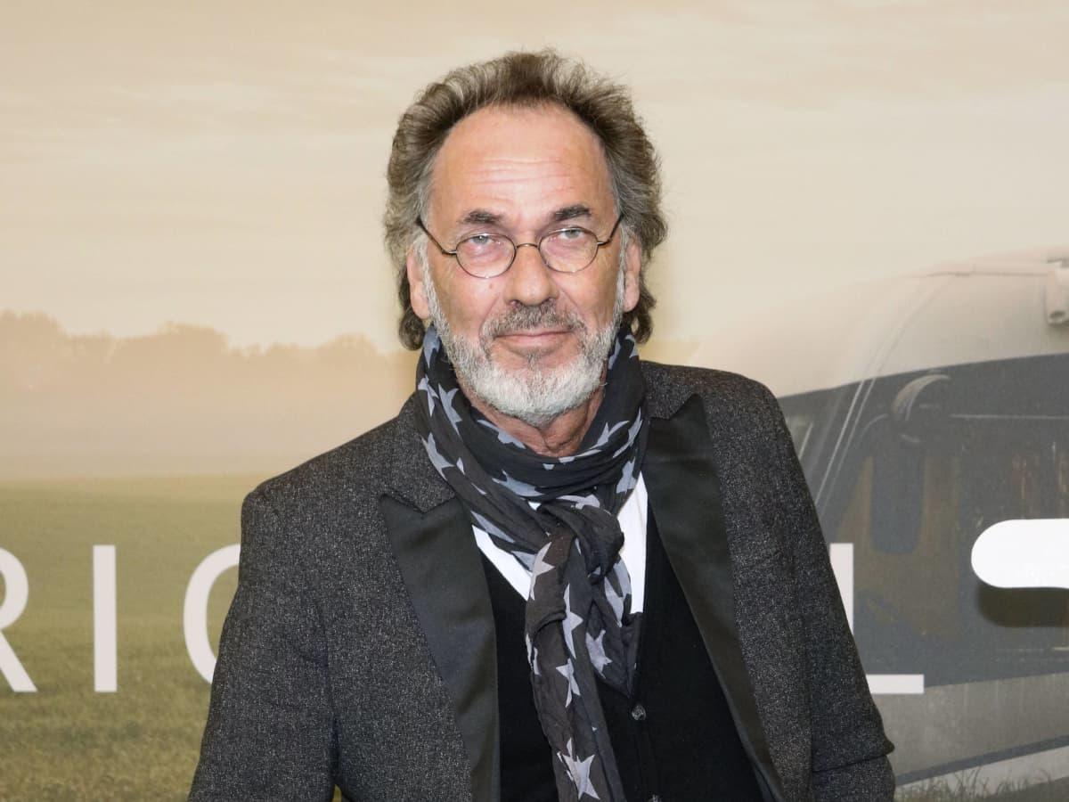 Hoecker scheidung bernhard Bernhard Hoëcker
