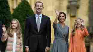 Prinzessin Leonor, König Felipe, Königin Letizia und Prinzessin Sofia von Spanien vor der Verleihung des Prinzessin-von-Asturien-Preis am 17. Oktober 2019