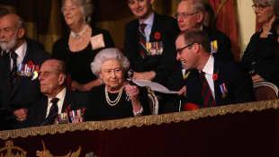 Queen Elisabeth II, Prinz Philip, Kate Middleton und Prinz William
