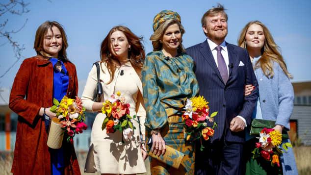 Ariane, Alexia, Königin Maxima, König Willem-Alexander und Amalia