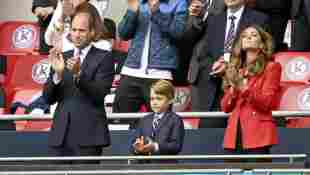 Prinz William, Prinz George und Herzogin Kate beim EM-Spiel zwischen England und Deutschland am 29. Juni 2021 im Wembley-Stadion in London