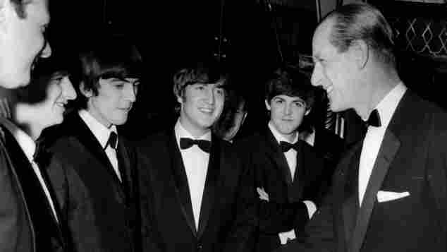 Prinz Philip und The Beatles bei den Carl Alan Awards am 24. März 1964