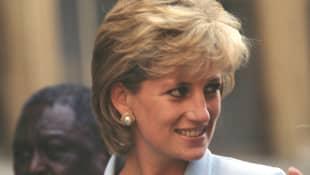 Bruder Charles postet Kinderbild mit Lady Diana