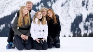 König Willem Alexander, Prinzessin Amalia, Prinzessin Ariane, Königin Máxima und Prinzessin Alexia