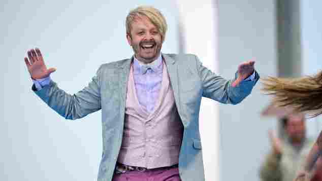 """Ross Antony bei einem Auftritt im """"ZDF Fernsehgarten"""" am 11. Mai 2014"""