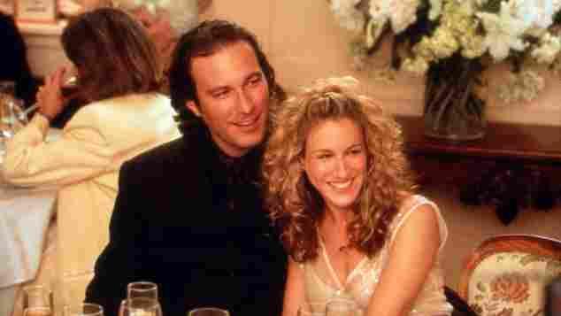 """""""Sex and the City"""": John Corbett und Sarah Jessica Parker alias """"Aiden"""" und """"Carrie"""" in Staffel drei"""
