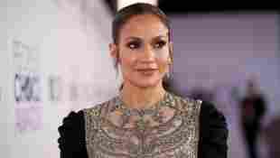 Jennifer Lopez zeigt ihren hammer Körper