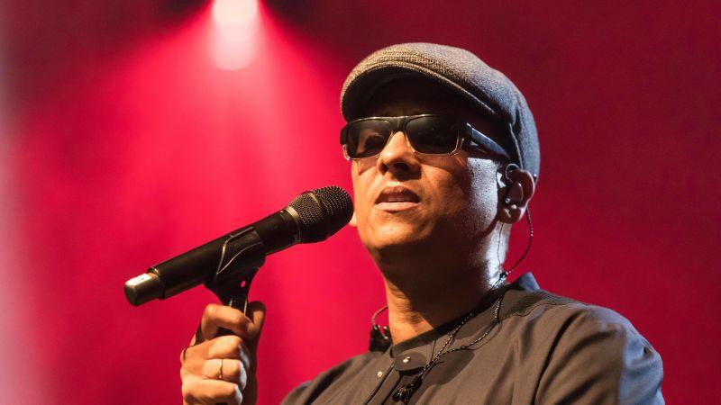 Wegen Krankheit Darum Trägt Xavier Naidoo Sonnenbrille