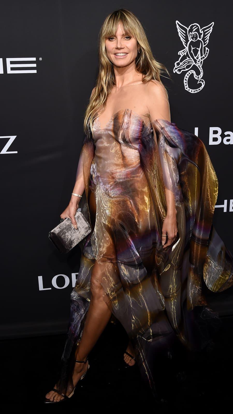 Riskant! Heidi Klum im durchsichtigen Kleid