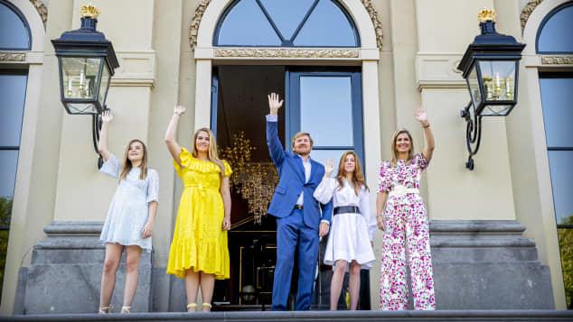 Die niederländische Königsfamilie feiert den Königstag