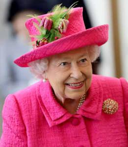 Königin Elisabeth II. bei ihrem Besuch der National Institute of Agricultural Botany am 9. Juli 2019