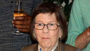 linda hunt; navy cis la; henrietta lange; hetty
