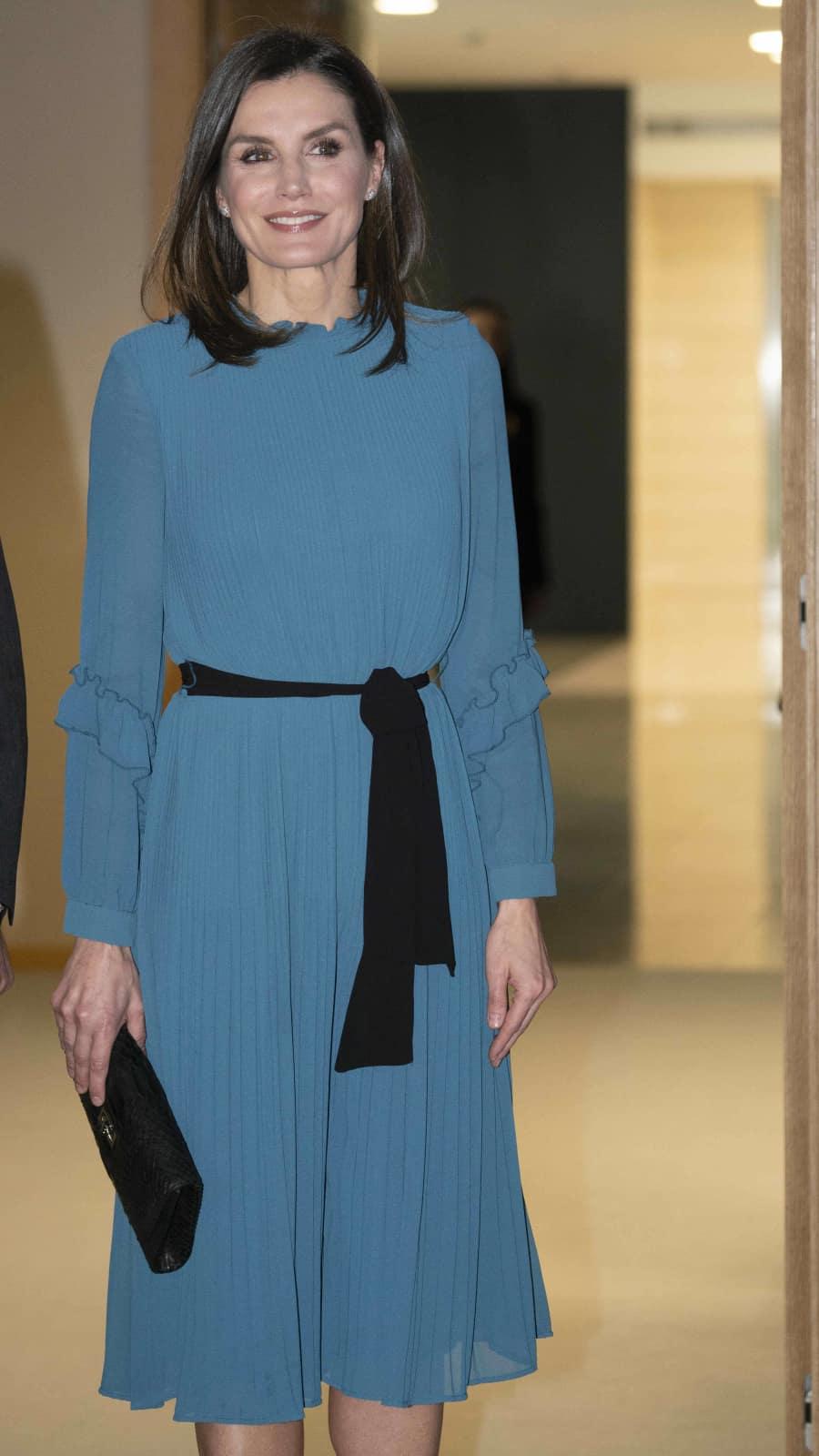 Langes Blaues Kleid Zara  Atlanta 2021