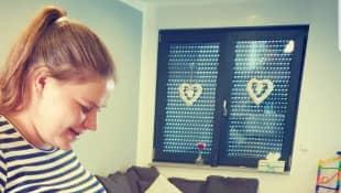 Sylvana Wollny schwanger babybauch Tochter Celina-Sophie bewundert Mamas Babybauch
