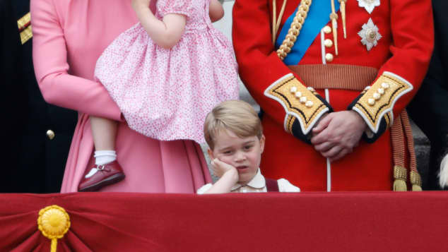 "Herzogin Kate, Prinzessin Charlotte, Prinz George und Prinz William bei der ""Trooping the Colour""-Parade im Juni 2017"