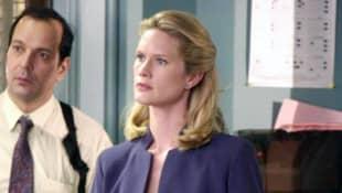 "Stephanie March als ""Alexandra Cabot"""